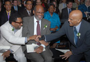 Spike Lee congratulates Officers' Award recipient Harry Belafonte, 2008